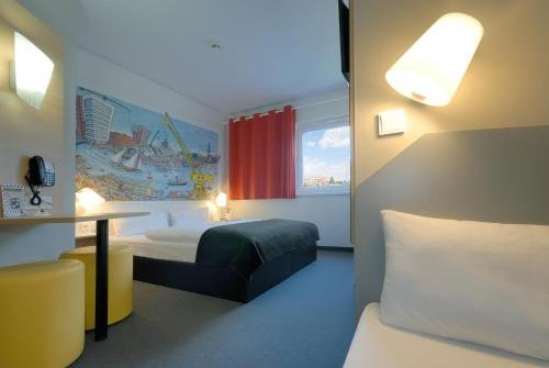 B&B Hotel Hamburg-Harburg - фото 1