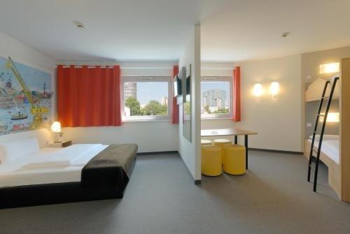 B&B Hotel Hamburg-Harburg - фото 2