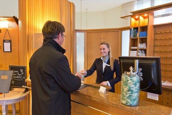Hotel Deutscher Hof - фото 16