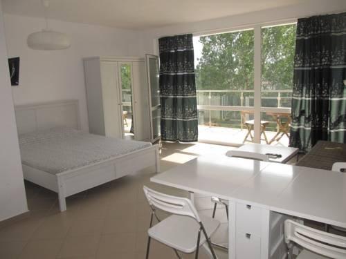 Aparthotel Cote D'Azure - фото 17