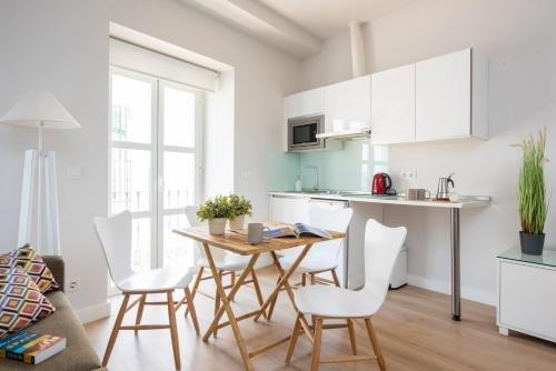Suites Sevilla Plaza - фото 11