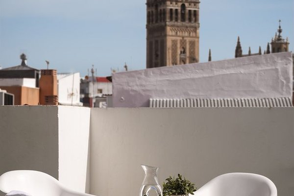 Suites Sevilla Plaza - фото 19