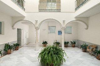Suites Sevilla Plaza - фото 20