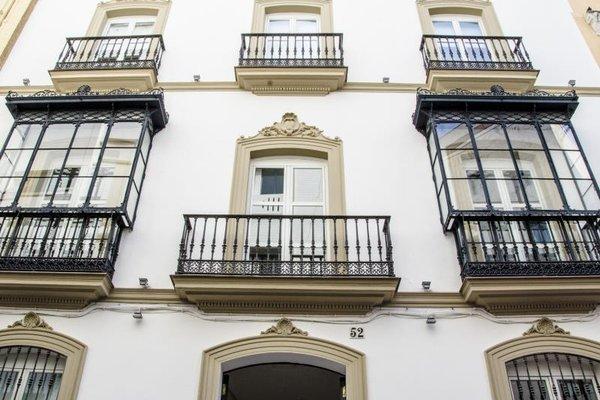 Suites Sevilla Plaza - фото 21