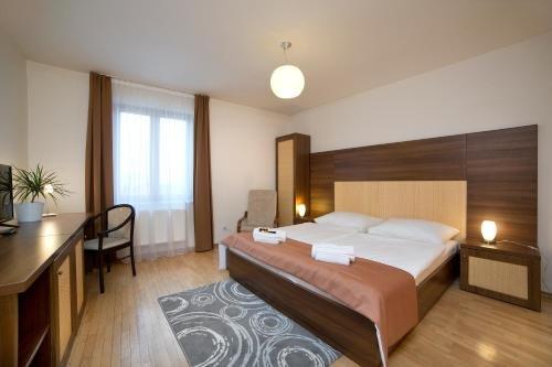 Hotel Art - фото 4