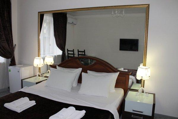 Отель Five rooms - фото 3