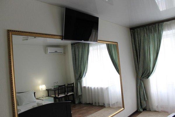 Отель Five rooms - фото 4