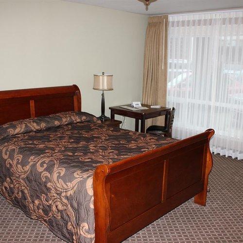 Photo of The Monticello Hotel