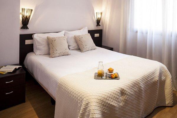 Camp Nou Apartments - фото 2