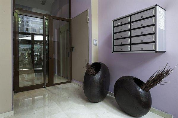 Camp Nou Apartments - фото 21