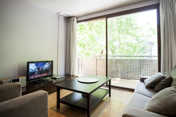 Camp Nou Apartments - фото 7