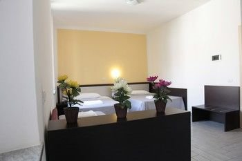 Hotel Poma - фото 1