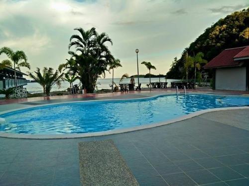 Penarak Bamboo Beach Motel - фото 18