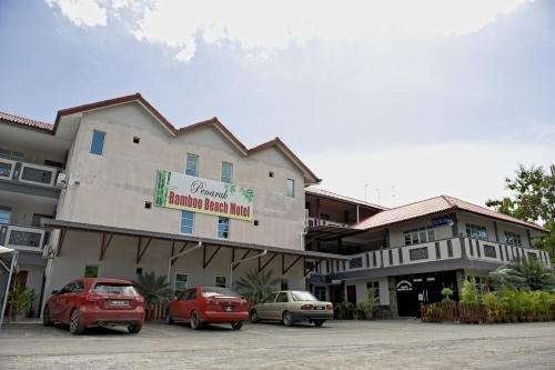 Penarak Bamboo Beach Motel - фото 21