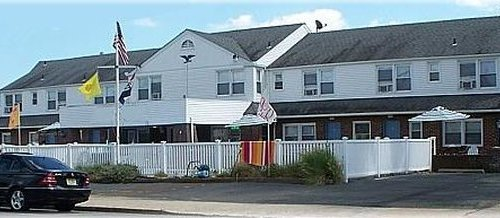 Photo of Pelican Point Motel