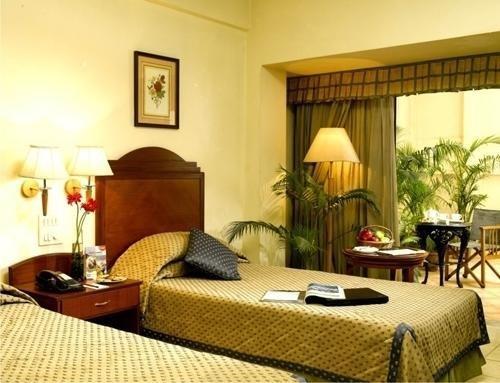 Nirula's Hotel - фото 50