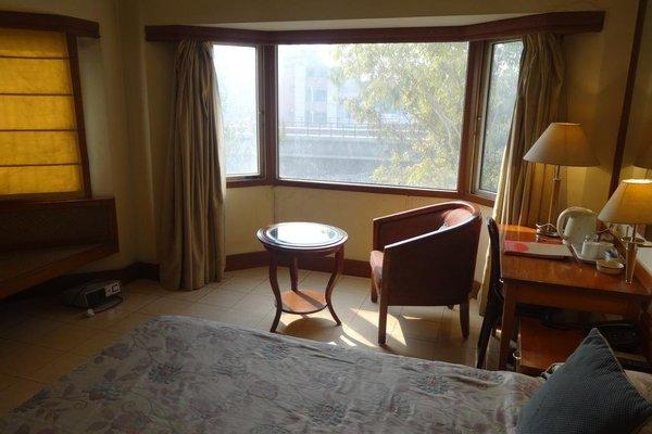 Nirula's Hotel - фото 7