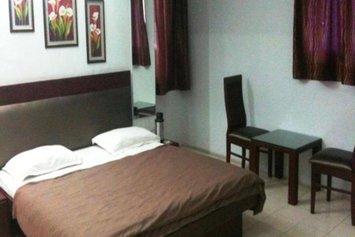 Hotel Raj Tilak