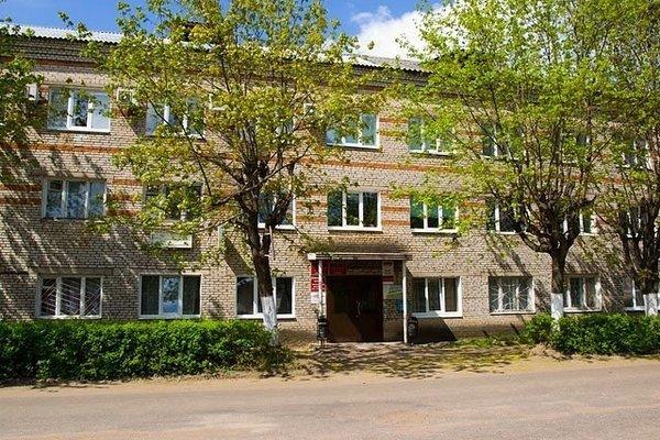 Гостиница «Юность», Окуловка
