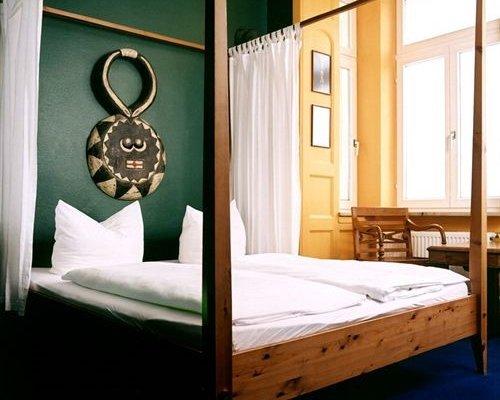 Гостиница «Ritzi», Мюнхен