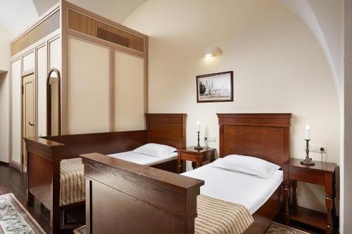 Отель Монастырcкий - фото 2