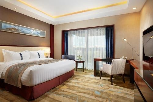 Гостиница «Пекин» - фото 1