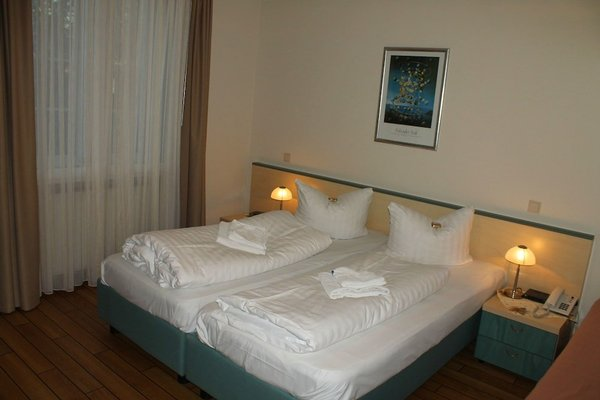 Land - Gut - Hotel Weisser Schwan - фото 1