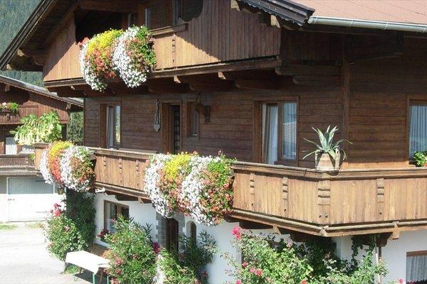 Bauernhof Obinghof & Haus Tirol - фото 1