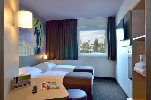 B&B Hotel Stuttgart-Vaihingen - фото 5