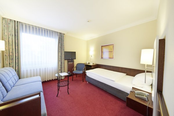 Hotel Bremer Tor - фото 2
