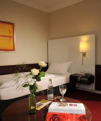 Hotel Bremer Tor - фото 4