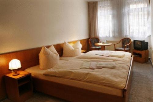 Hotel Zum Kanzler - фото 2