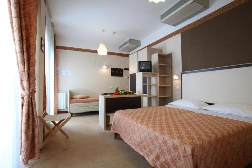 Hotel Rondinella e Viola - фото 1