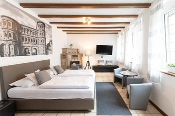 Hotel Porta Nigra - фото 1