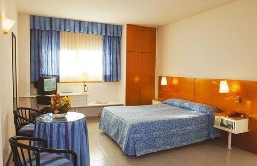 Гостиница «Calpe», Альканьис