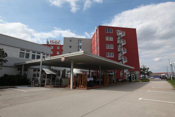 Hotel Sinsheim - фото 21