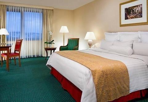 Stuttgart Marriott Hotel Sindelfingen - фото 1