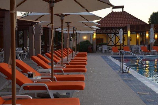 Umm Al Quwain Beach Hotel - фото 14