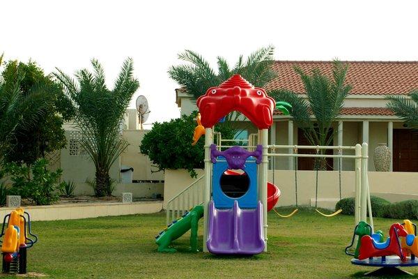 Umm Al Quwain Beach Hotel - фото 16