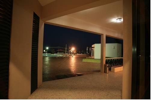 Umm Al Quwain Beach Hotel - фото 5