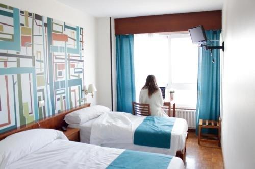 Hotel Coruna Mar - фото 2