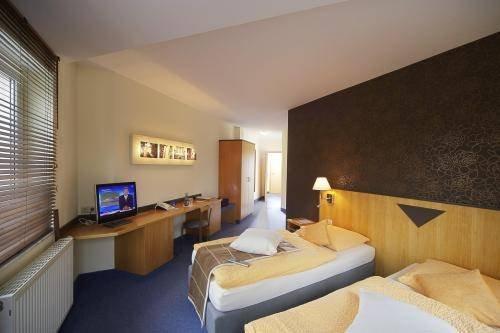 Hotel Haus Am See - фото 2