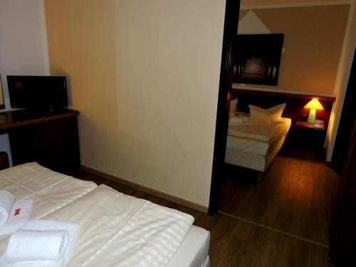 Hotel Leipzig West - фото 4