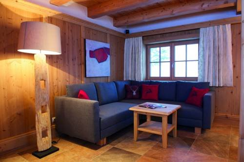 Alpine Deluxe Chalet Wallegg-Lodge - Ski In-Ski Out - фото 6