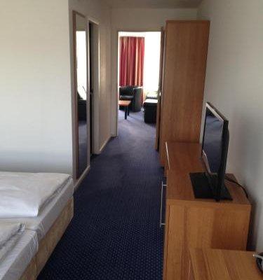 City Hotel Fortuna Reutlingen - фото 1