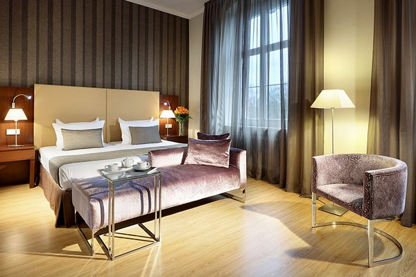 Eurostars Park Hotel Maximilian - фото 1