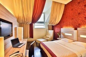 Star Inn Hotel Regensburg Zentrum, by Comfort - фото 7