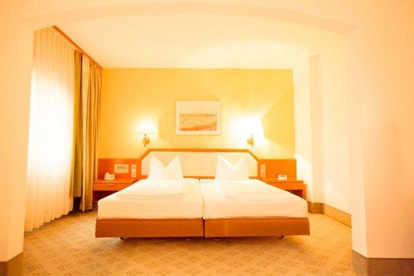 AVIA Hotel - фото 2