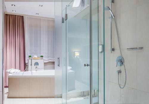 Best Western Premier Hotel Regensburg - фото 9