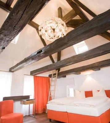Hotel Munchner Hof und Blauer Turm - фото 16